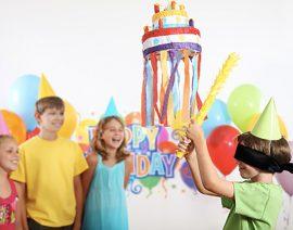 Καταπληκτικές ιδέες για πάρτυ με πινιάτα για να έχει τεράστια επιτυχία